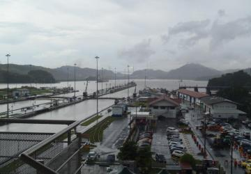 Miraflores locks overlooking lake
