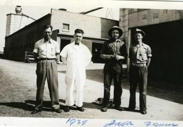 Java Farm dairymen 1939