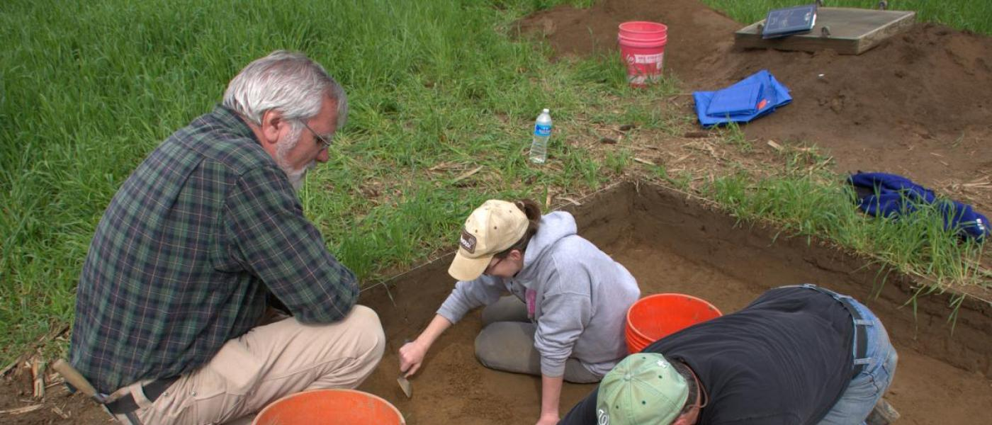 Archaeologists in a unit