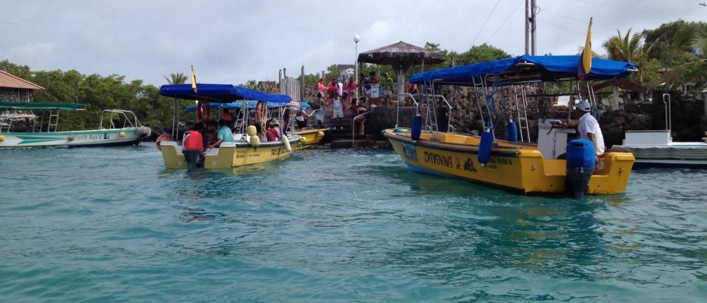 Boats in Puerto Aroya